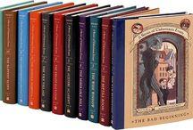 """Livros / Livros aleatórios """"nunca julgue a capa pelo livro""""."""