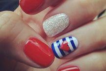 Ooo I like your nails!