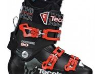 Downhill Ski Boots Tecnica / The Tecnica Agent 95 Ski Boots might just be what you're looking for and there is sure a style that fits you perfectly. The fur fleece lining inside keeps your feet toasty and warm and the twin support system makes sure to keep your feet in place and avoid sprains. Tecnica Agent 95 Ski Boots also are fully adjustable, coming with triple position cuff catches and a flex adjustment. Key Features of The Tecnica Agent 95 Ski Boots:   3 Density Technology  Twin Support System  Dual Pivot