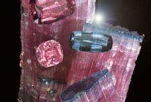 Kristallen en Mineralen / Schatten van Moeder Aarde