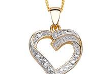 Be Mine This Valentine's Day / #ilovetoshop