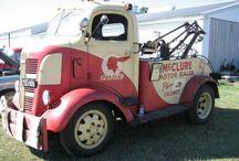 Tow trucks / by Patricia Cruz