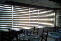 Rolete textile zi-noapte / Rolete textile zebra sau zi-noapte sau day and night. Avem o gama variata de materiale, mecanismele sunt fie pe culoare alba fie pe culoare maro. Montajul se poate face atat pe tamplaria geamului cat si pe perete sau tavan in functie de cum doriti dumneavoastra. Va asteptam in magazinul nostru!