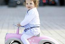 Baghera / Детские ретро автомобили и модные аксессуары