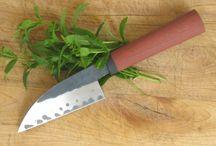 JM: knifes