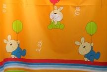 Tessuti per bambini / Divertenti tessuti per bambini, ideali per arredare camerette e giocare con la fantasia.