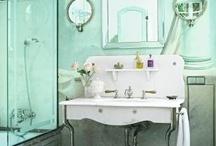 home sweet home | bathroom / by Dorothy Lei