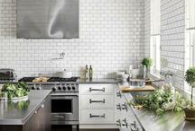 kitchens i like / by Courtney Bennett