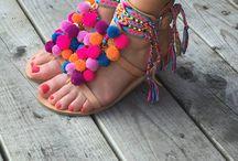Sandalias con pon pons