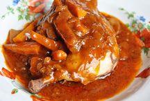 κοτόπουλο με καρότα μπέικον και μανιτάρια