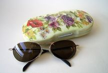 DECOUPAGE HAIR BRUSH MIRROR AND GLASSES CASES