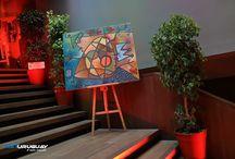 BlissDay.uy 2017 / BlissDay es un evento premium, único en su género, una propuesta innovadora que recorre los 1.700 m2 de áreas de salones del Hyatt Centric Montevideo. Las mejores propuestas para celebración con proveedores seleccionados para  todo tipo de eventos.  Dos jornadas consecutivas. 4 Desfiles cada día. Speakers. Increíbles puestas en escena. Los mejores decoradores del país propuestas temáticas. Fotógrafos - Honeymoon & 15 - Deco hogar ARTE  y Gifs List  Degustaciones Dj's, músicos amenizan tu estada