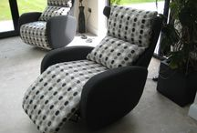 6.1 Compact electric recliner that swivels / This modern designer recliner is 80 cm wide, 103 cm high and 100 cm deep (allow 150 cm when fully reclined).