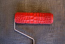 """New Improved """"Krok"""" Roller / New Improved """"Krok"""" Roller Crocodile Skin Roller 7 in. Bringing you the most innovative products in wall design is what Atova International strives for. Once again, we have searched high and low to bring you a tool that can cut your production time down in half if not more…. The new """"Crocodile Skin Roller"""". Available in 7 in. This tool is sure to make your skin finishes easy as 1. 2. 3."""