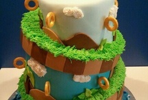Amazing Cakes & Cupcakes / by Shelby Frye
