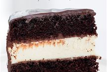 cheese cake + chocolate cake = <3