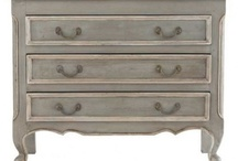Painted Furniture / by Marie Nolting