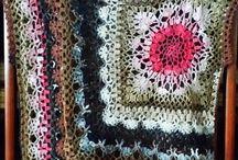 drutami i szydełkiem / o wytworach wełnianych