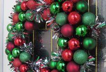 wreaths / by Susan Krantz