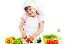Kids Health Tips by Ghotu Motu Ki Toli / Teach your children good eating habits that ensure they're getting the nutrients they need.