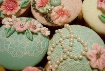 Cookies & Cakes / by Linda Schmidt
