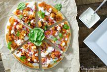 * Pizza Pie * / Vegan pizza!? Yes please :)  / by VeggieBoards