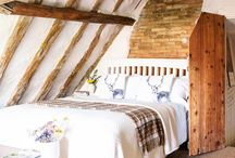 old thatch cottage interiors
