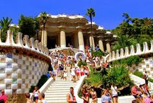 Take the kids with you... / Activities and attractions in parent-pleasing destinations