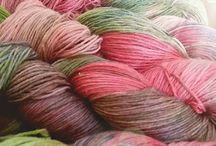 handgefärbte Wolle / Wolle die von mir mit Liebe gefärbt worden ist. jedes Stück ein Unikat.