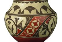 NATIVE AMERICAN & MEXICAN POTTERY