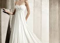 Gowns I love / by Prequels, Wedding Journalism