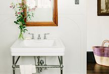 Black and White Bathroom / by Cait