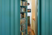 Book Lovers: Shelves + Nooks / Build a a library or book collection in style. Try these ideas to display your books at home.