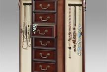 Jewelry Armoires  / Bedroom jewelry armoires
