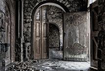 If walls could talk! / by Elaine Fleureton