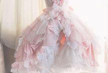 krasne šaty