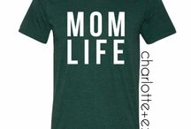 Mom Life and Fashion / Just because you're a mama doesn't mean you can't look fab!