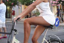 Bicyclettes & Femmes / Женщины и велосипеды