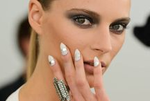Hot Nails! / Make sure that you have the latest trends in your nails.