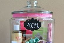 DIY Gift Ideas / Homemade and DIY gift ideas for birthday's, Christmas and Mother's Day.
