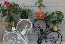 suporte para plantas feito de ferro