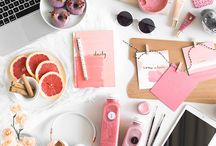Photography | Flat Lay Inspiration / Ideas of how to start flat lays, for my Instagram, for stock photos, blog posts, advertising, showing off brands.  To vary up Instagram with flat lays that are beautiful, creative and stylish.