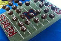 Eat - game day themed / Food and drink for football season