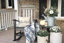 Front porch sittin