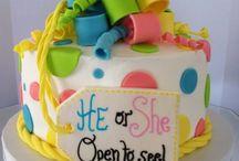 Cakes / by Anna-Deyla Villarreal
