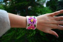 Mis Eller Koleksiyonu / Traditional Embroidery Wristbands