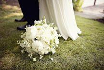 Bride & Groom   Bridal Bouquet