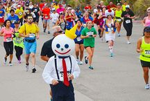Running Costumes - Costume Party Run / Best running costume ideas spotted at the San Diego Costume Party Run Half Marathon & 5K - www.CostumePartyRun.com