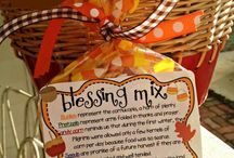Thanksgiving - Inspiration Board / This Old Town Post Inspiration Board is cultivated to help you with Thanksgiving ideas. www.oldtownpost.com | Keeping you in the Old Town *Thanksgiving* Know!