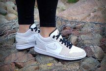 Nike Air Jordan 1 Phat 'Low Polka Dots' 338145-102